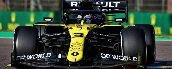 Imola-Course-Renault-et-Daniel-Ricciardo-decrochent-leur-2eme-podium