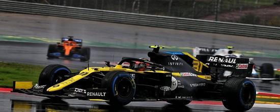 Turquie-Course-Lewis-Hamilton-danse-sous-la-pluie-Renault-se-noie