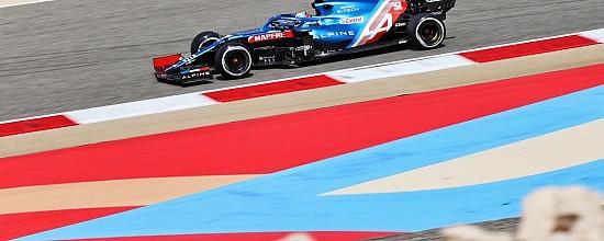 Alpine-et-Esteban-Ocon-debutent-forts-sur-le-sable-de-Bahrein